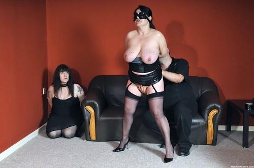 Chubby big tits pussy licking