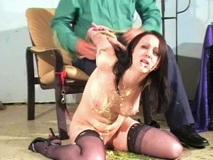 female-humiliation-1